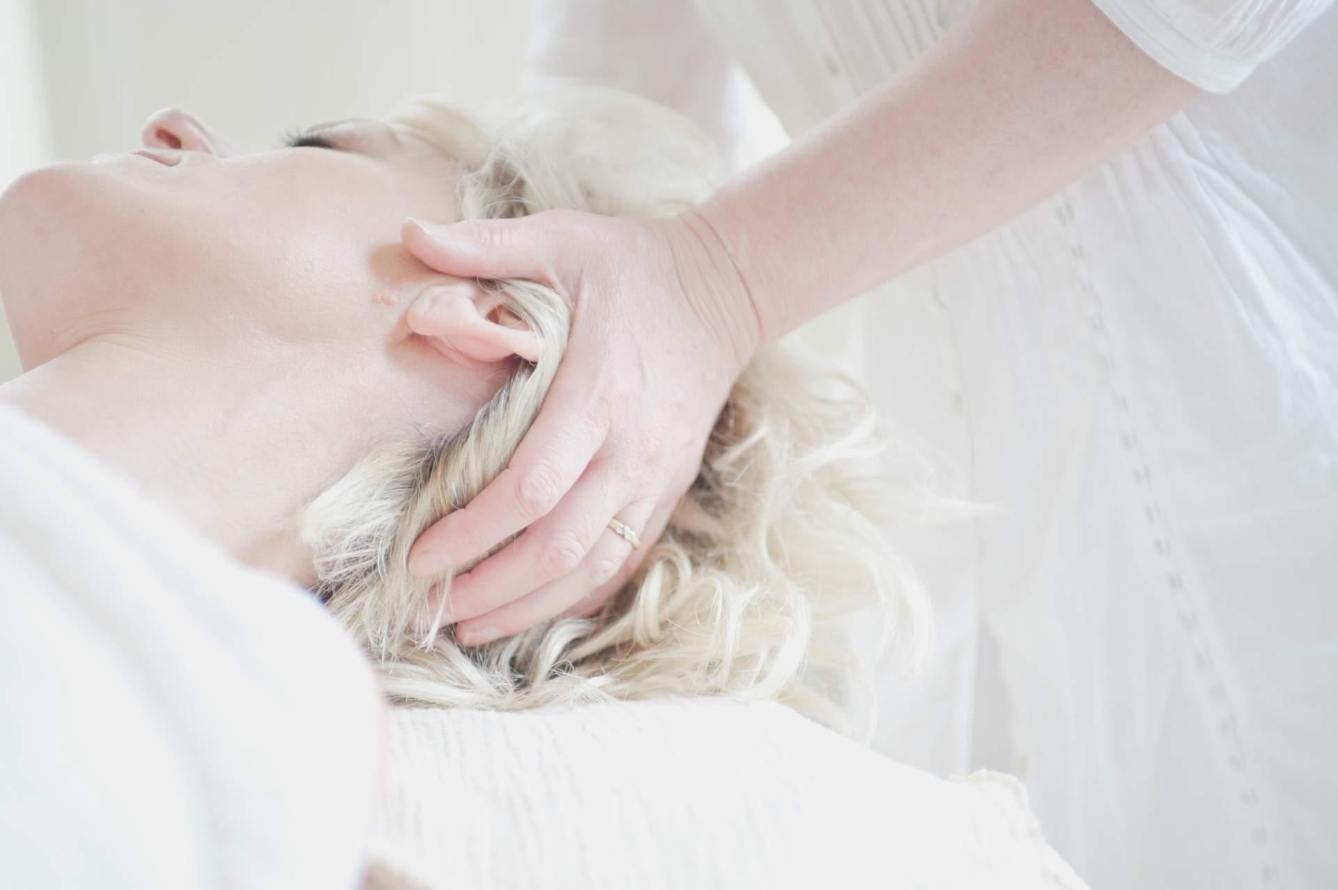 Voice Massage -erikoishieronta