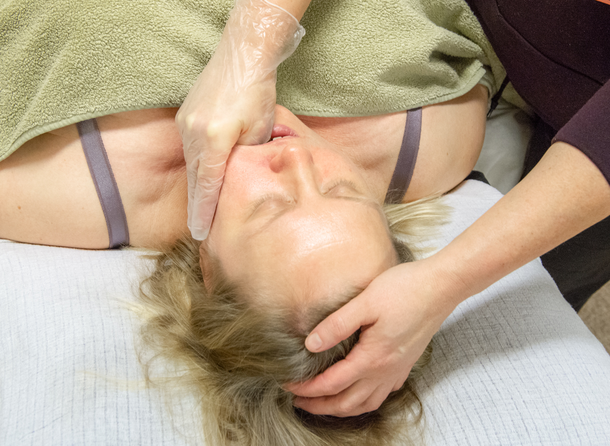 voice massage, erikoishieronta